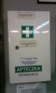 apteczka pierwszej pomocy